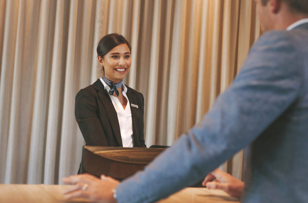 【元CA・ホテルマンが教える】海外のホテルでのチェックインの流れと英会話の画像