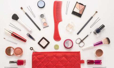 化粧品は機内持ち込みできる?海外旅行に化粧品を持って行くときの注意点の画像