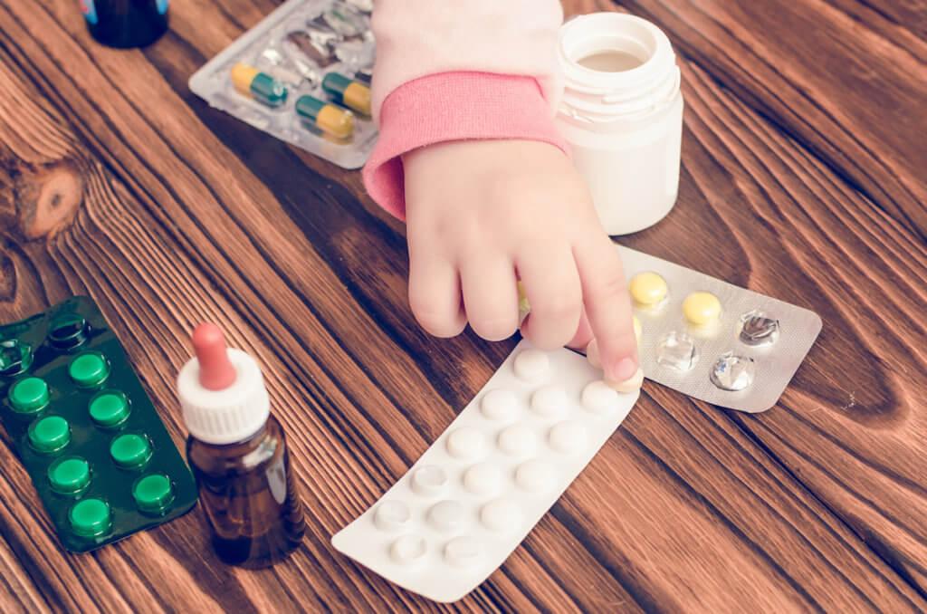 子連れ海外旅行には薬の持参を忘れないで!子供用の薬を準備する時の注意点の画像
