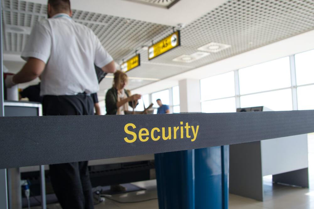 空港の保安検査場