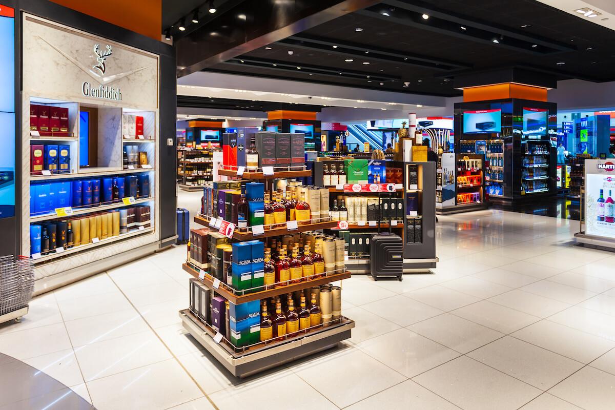 ドバイ空港の免税店